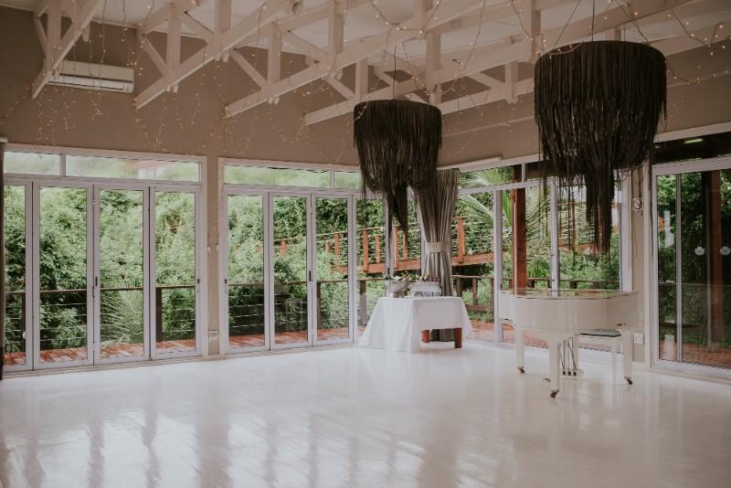 Reception 0557 White Pearl Resorts